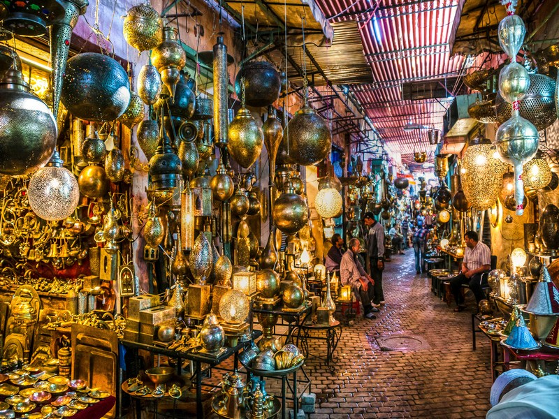 https://www.moroccodailytours.com/wp-content/uploads/2018/11/Metal-Souk-Addadine-Medina-Marrakech-Copier.jpg